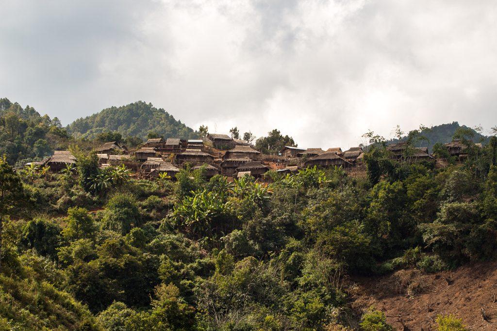 Myanmar-Kengtung-PangPack-Lahu-Shi
